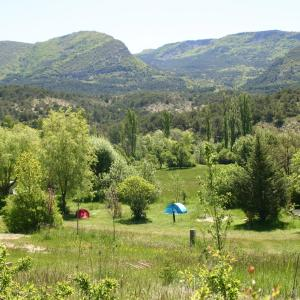 Hotel Pictures: Camping des Catoyes, Orpierre