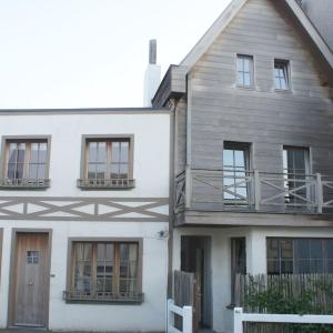 Hotellikuvia: Holiday home Cosy Knokke, Driewege