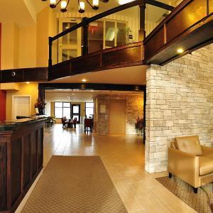 Hotel Pictures: Comfort Inn & Suites Kamloops, Kamloops
