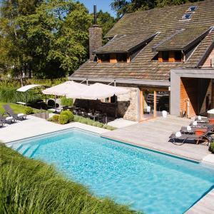 ホテル写真: Holiday home Villa Zen, スパ