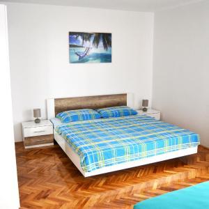 Hotel Pictures: Apartments Mikulić, Biograd na Moru