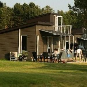 Hotel Pictures: Feddet Camping & Cottages, Faxe