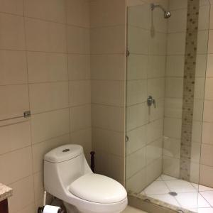 Hotel Pictures: Suite amoblada en Condominio Riverfront II, Guayaquil