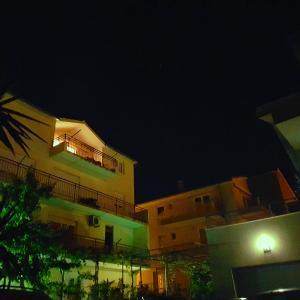 Hotellbilder: Apartments Kegalj, Podstrana