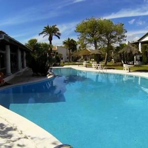 Hotel Pictures: LUXURY COSTA DORADA –ALORDA PARK, Calafell