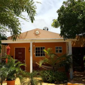 Fotos de l'hotel: Brisas Studio Apartments, Palm-Eagle Beach