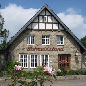 Hotel Pictures: Hotel 'Schauinsland', Horn-Bad Meinberg