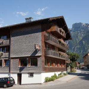 Fotos do Hotel: Dorfgasthof Adler, Mellau