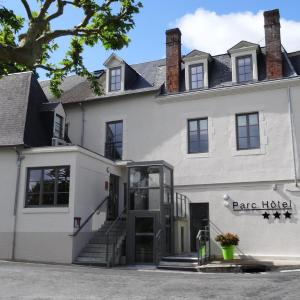 Hotel Pictures: Inter-Hotel Parc Hôtel Pompadour, Arnac-Pompadour
