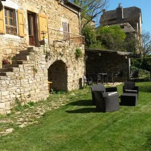 Hotel Pictures: Gîte de Montrozier, Montrozier