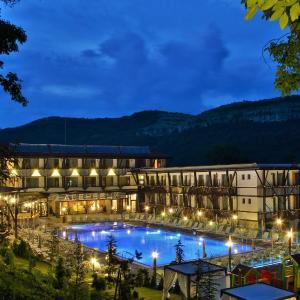 Hotel Pictures: Park Hotel Asenevtsi, Veliko Tŭrnovo