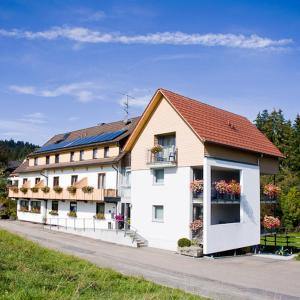 Hotelbilleder: Landhaus Karin, Freudenstadt