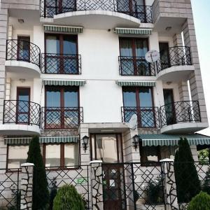 Zdjęcia hotelu: Lilly's Apartments, Rawda
