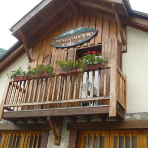 Hotel Pictures: Gite Les 3 Seigneurs, Aulus-les-Bains