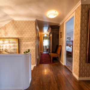 Hotel Pictures: Magenta Boutique Guest House, Miðvágur
