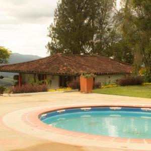 Hotel Pictures: Cabaña Villa Maria, Valle de San José