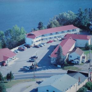 Hotel Pictures: Hilltop Motel & Restaurant, Grand Falls