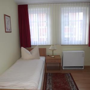 Hotel Pictures: Ritters Weinstuben, Merseburg