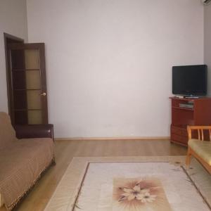 Фотографии отеля: Apartment near Poytakht, Душанбе