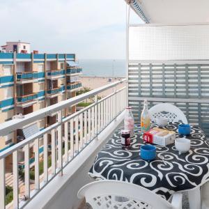Hotel Pictures: Apartament Nenufar, Caserío La Estación