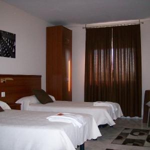 Hotel Pictures: Hostal Cerecedo, León