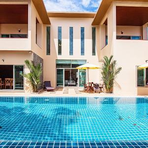 Φωτογραφίες: Pensri Villa 4 Beds, Rawai Beach