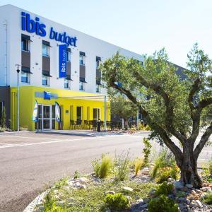 Hotel Pictures: Ibis Budget St Martin De Crau, Saint-Martin-de-Crau