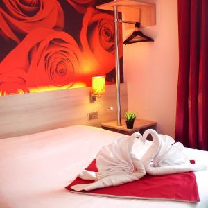 Hotel Pictures: Brit Hotel Essentiel de Granville, Granville