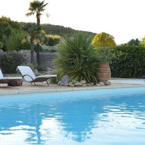 Hotel Pictures: Domaine de la Manse, Villeneuve-de-Berg
