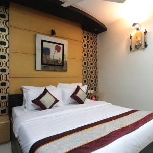 Foto Hotel: Goldentree Service Apartments, Chennai