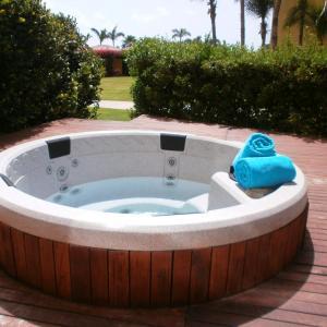 Photos de l'hôtel: Garden of Eden Three-bedroom condo - P116, Palm Beach