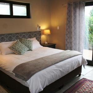 Hotel Pictures: Windmill Cottage, Knysna