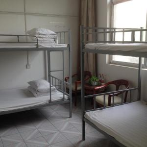 Hotel Pictures: Zhile Hostel, Huayin