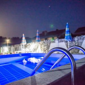 Hotellikuvia: Hotel Kraipaten Rai, Banya