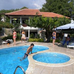 Hotel Pictures: Sunny Joy, Fish Fish