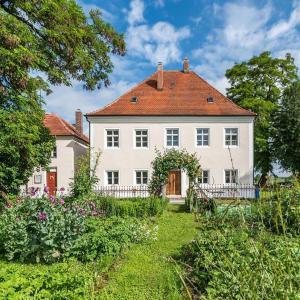 Hotelbilleder: Historischer Pfarrhof Niederleierndorf, Niederleierndorf