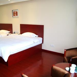 Hotel Pictures: GreenTree Alliance Anhui Hefei South Passenger Station South High-speed Railway Station Hotel, Hefei