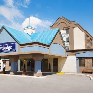 Hotel Pictures: Travelodge Calgary Macleod Trail, Calgary