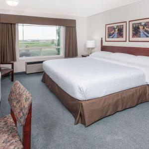 Hotel Pictures: Super 8 High River, High River