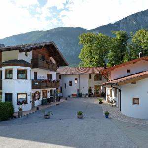 Foto Hotel: Hotel Kraftquelle Schlossblick, Angerberg
