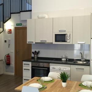 Hotel Pictures: Apartamentos Jurramendi - Los Arcos, Los Arcos