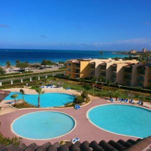Hotellikuvia: Tropical Penthouse One-bedroom condo - BG532, Palm-Eagle Beach