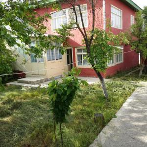 Fotografie hotelů: Mustafayevs Home, İkinci Nügǝdi