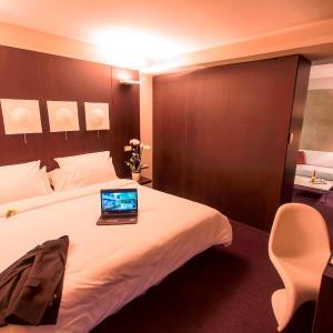 Hotel Pictures: Le Rex Hôtel, Tarbes