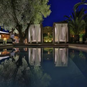 Hotel Pictures: La Dimora - Les Collectionneurs, Oletta