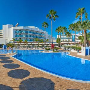 Hotel Pictures: Hipotels Cala Millor Park, Cala Millor