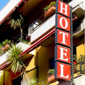 Фотографии отеля: Lugano Hotel, Тирана