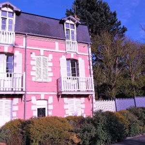 Hotel Pictures: Les Muguets, Villers-sur-Mer