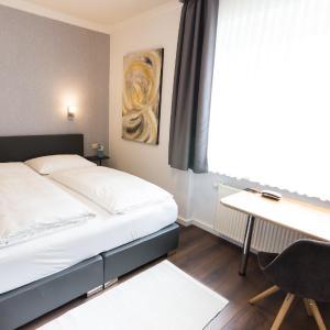 Hotel Pictures: Hotel Villa Solln, Munich