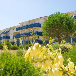 Hotel Pictures: Maeva Particuliers Résidence Lacanau Bleu Marine, Lacanau